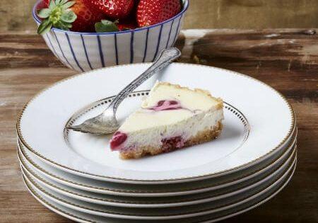 עוגת גבינה וקונפיטורית תות שדה2