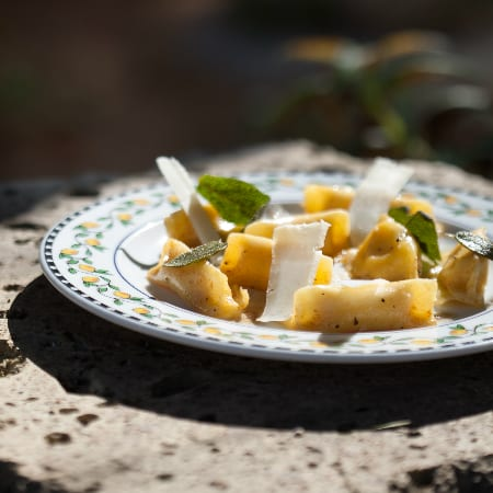 אניולוטי דלורית וריקוטה בחמאה אגוזית2