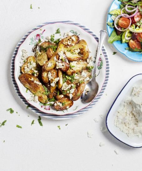 תפוחי אדמה וגבינה בולגרית